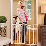 NORTH STATES ARCHED AUTO-CLOSE PRESSURE-MOUNT SAFETY GATE IN WHITE